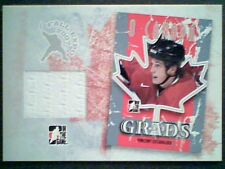 VINCENT LECAVALIER  AUTHENTIC PIECE OF A GAME-USED JERSEY /25  SP
