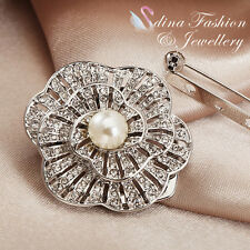 & Diamond Flower Blooming Scarf Buckle 18K White Gold Plated Simulated Pearl