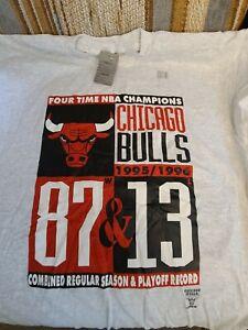NBA Chicago Bulls 4 Time Champions XL T Shirt Vintage Michael Jordan
