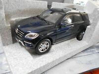 MERCEDES BENZ ML Klasse ML-Class SUV 4x4 blue blau W166 Minichamps RAR 1:18