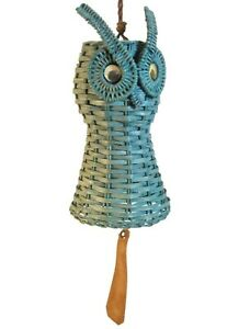 MID-20TH C VINT BLUE PNTD WOVEN WICKER OWL WIND CHIME, W/LEATHER TAIL/PLYMR EYES