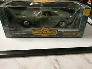 ETRL American Muscle 1:18 Scale Diecast - 1969 Charger Daytona - Green #7781