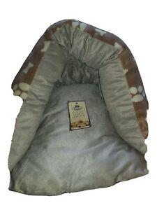 Super Soft Hide And Peep Bed
