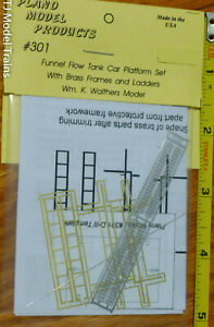 Plano #301 Funnel Flow Tank Car Platform Set With Brass Frames and Ladders