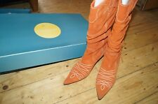 Fabulous Karen Millen Burnt Orange Suede kitten Heeled Cowboy Boots Size 5 38