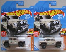 2 x Hot Wheels 2018 '15 LAND ROVER DEFENDER DOUBLE CAB