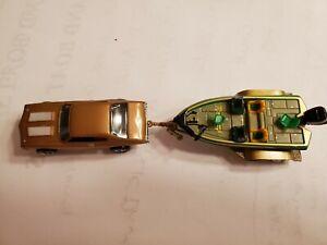 GOLD OLDS 442 & FISHING BOAT HO Slot Car NEW CHROME RIMS TIRES