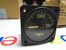 US GAUGE CO HYDRAULIC PSI  INDICATOR  0 TO 2000 PSI  MS 28061T6 Gauge 1/8 npt