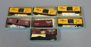 Athearn HO Assorted Freight Cars [7]/Box