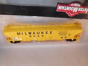 Intermountain/Prairie Shdws HO ICE ex-MILW 54' PS 4750 CuFt Hopper Yellow #23550