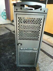 Chenbro RM42200 Server Rack - teilausgestattet