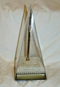 BEVERLY CLARK COLLECTION IVORY BOW PEN HOLDER WITH PEN Wedding, Bridal NEW