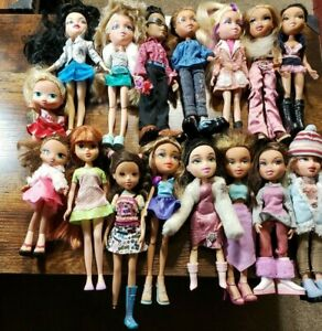 HUGE BRATZ DOLL LOT DRESSED WITH SHOES FREE SHIPPING USA SELLER 16 DOLLS LOOK!!