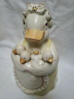 VTG Cookie Jar  Sweet Apron Clad Mother Duck Holding 4 Baby Ducklings,EUC