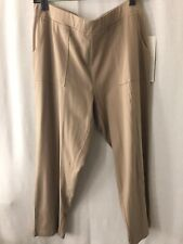 Onque Casual Womens Capri Beige Size L Pockets Front Stretch (5) New With Tags