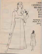 Patron couture Modes et travaux juillet 1974 Robes  , vêtements poupées