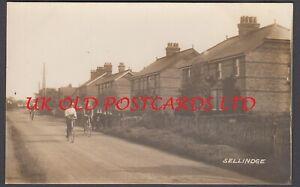 Kent - ASHFORD SELLINDGE Street scene people on bicycles - Real Photo