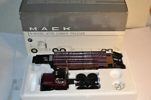 First Gear 1/34 Mack R-Model w/ Lowboy Trailer Ray Meyer Fossils 19-2626 NIB