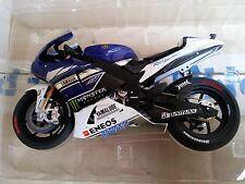 MINICHAMPS 122 133946 YAMAHA YZR-M1 model bike V Rossi Test Jerez 2013 1:12th