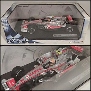 Lewis Hamilton ● McLaren Mercedes MP4-22 ● Hot Wheels ● 1:18