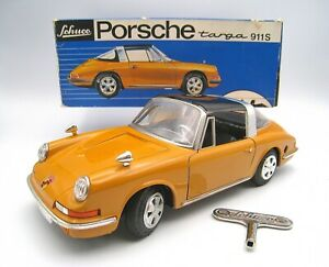 SCHUCO #1081 Clockwork Wind Up 1968 Porsche 911S Targa With Original Key and Box