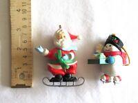 1988 Hallmark Soft Landing Santa Ice Skating Ornament Pillow Vintage + Snowman