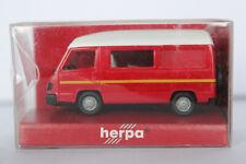 Mercedes Benz 100 Bus Hochdach Wohnmobil Herpa 1:87 rot