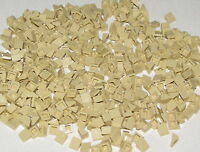 Lego Lot of 500 New Tan Slopes 30 1 x 1 x 2/3 Sloped Finishing Roof Pieces