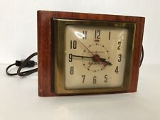 Vtg General Electric Clock Nightstand Automatic Alarm Deco Wood Brass Model 7H04