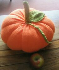 ONE LARGE HALLOWEEN DISPLAY PUMPKIN. TABLE DECORATION. HAND KNITTED.