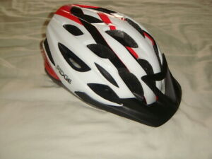 Ridge Cycle Helmet - 54-59cm Cycling Bicycle Bike Safety Helmet with Rear Light