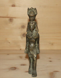 Vintage Egyptian hand made metal faraoh figurine Tutankhamun