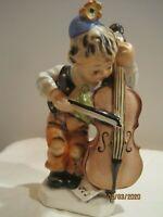 Friedel Bavaria Porzellanfigur Junge mit Kontrabass ca. 15 cm  Made in Western