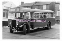 ab0153 - Yorkshire Traction Coach Bus - HE 6762 - photograph 6x4