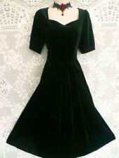 Goth Velvet Plus Size Vintage Clothing for Women