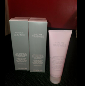 Mary Kay Timewise Age Minimize 3D Day Cream SPF 30 - Combination/Oily - Exp. NIB
