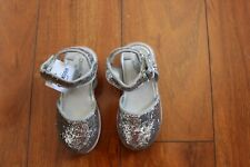 NWT GIRLS CARTERS SZ 7 SHOES SILVER GLITTER