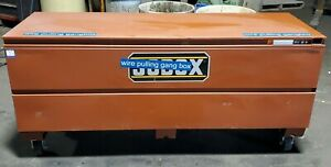"CRESCENT JOBOX 1-658990 72"" x 24"" x 27 3/4"" JOBSITE TOOL BOX HINGED STEEL"