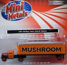 HO 1/87 Classic Metal Works # 31166 Chevy 41/46 Tractor Trailer Mushroom Transp.