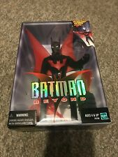"Batman Beyond 9"" Poseable Figure w/ Retractable Batrope & Batarang Hasbro 99 NIB"