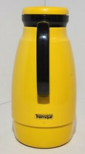 Vintage 1970's 32 oz Crown Corning Thermique Carafe Glass Insulated Yellow
