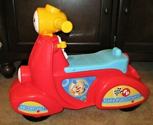 FISHER PRICE INTERACTIVE CHILDS RIDE ON CAR SCOOTER SMART STAGES LAUGH LEARN EC