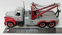 First Gear - 1960 Mack B61 Tow Truck - Ernest Holmes 650 Wrecker (read desc)