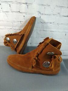 GUC women's MINNETONKA camal brown suede SIDE TIE MOCCASIN BOOTIE - size 7 1/2