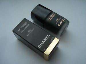 Chanel   nail polish colour Le Vernis  super rare   collectible
