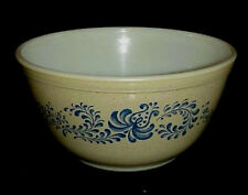 LQQK - 1960's Pyrex  HOMESTEAD  1.5 Pt  Mixing Bowl #401  GOOD+ CONDITION
