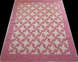 Unused Antique 1930's Hand Stitched 9 spi Pink Mauve Drunkard's Path Quilt 82x70