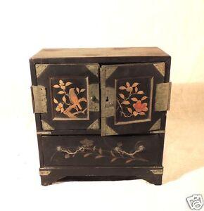 Petit cabinet Chinois, meuble de poupées, Napoléon III, XIX°