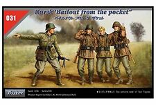 TRISTAR 1/35 Scale Kursk Bailout from the Pocket Figure Set No. 35031