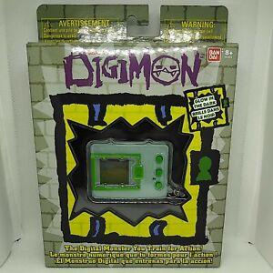 Bandai Digimon Original Digivice Pet Monster - Glow in The Dark Tamagachi!